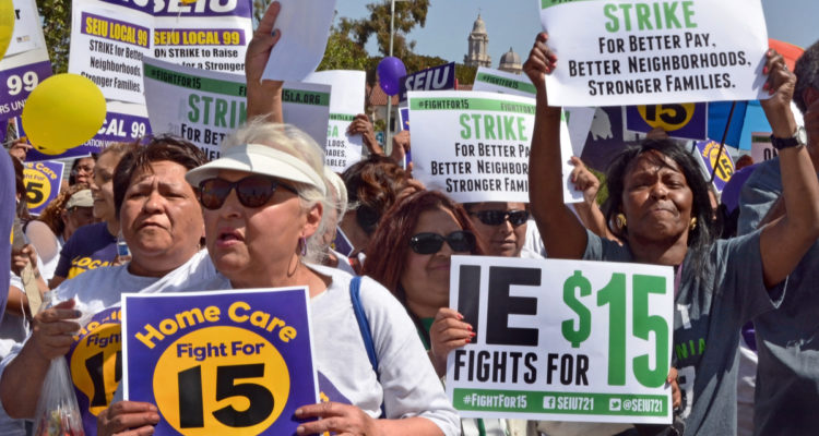 Photo of Fight for $15 advocates
