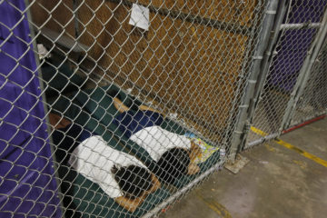 Photo of immigrant children in cages in 2014 when Barack Obama was president.
