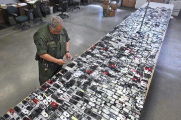 Photo of confiscated inmate cellphones from a California prison