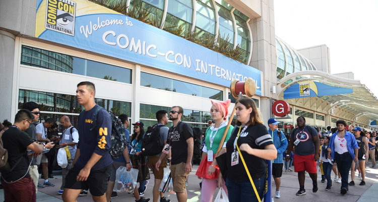 Photo of crown entering Comic-Con in San Diego