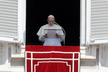 Photo of Pope Francis praying for the victims of the Kerala floods in St. Peter's Square