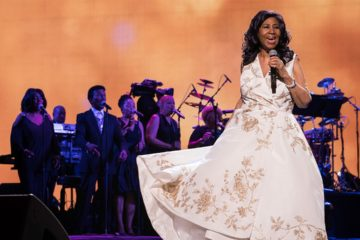 Photo of Aretha Franklin performing in 2017