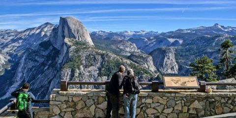 Photo of Yosemite Valley from Glacier Point overlook