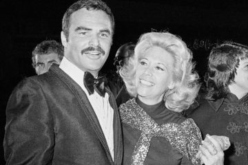 Photo of actress Dinah Shore and Burt Reynolds appear together in Los Angeles in 1971