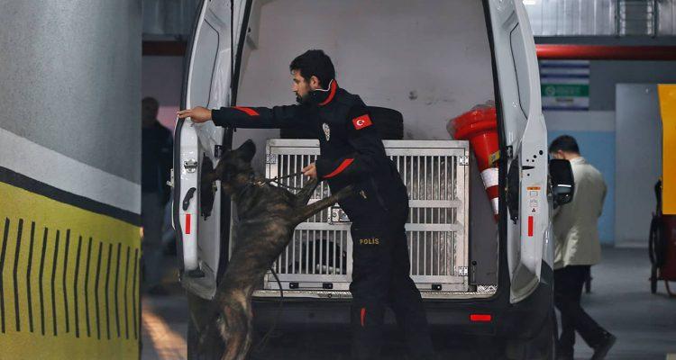 Photo of Turkish police crime scene investigators