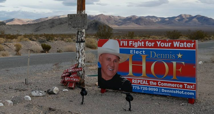 Photo of a Dennis Hof election sign near his brothel, Love Ranch