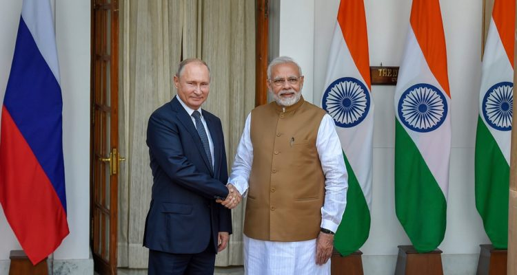 Photo of Prime Minister Narendra Modi and Russian President Vladimir Putin