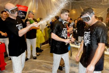 Photo of New York Yankees celebrating a win