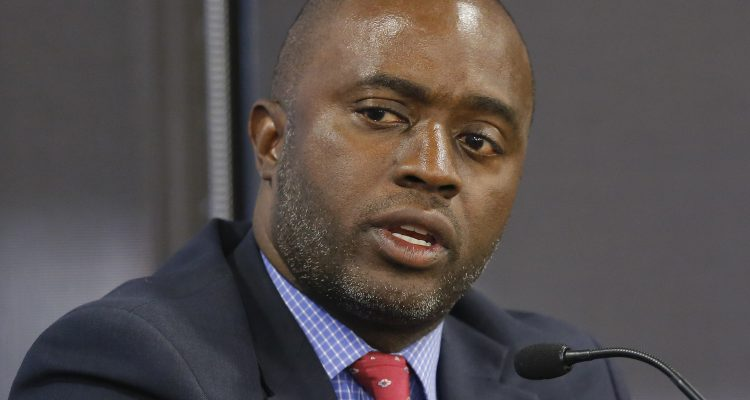 Photo of Tony Thurmond