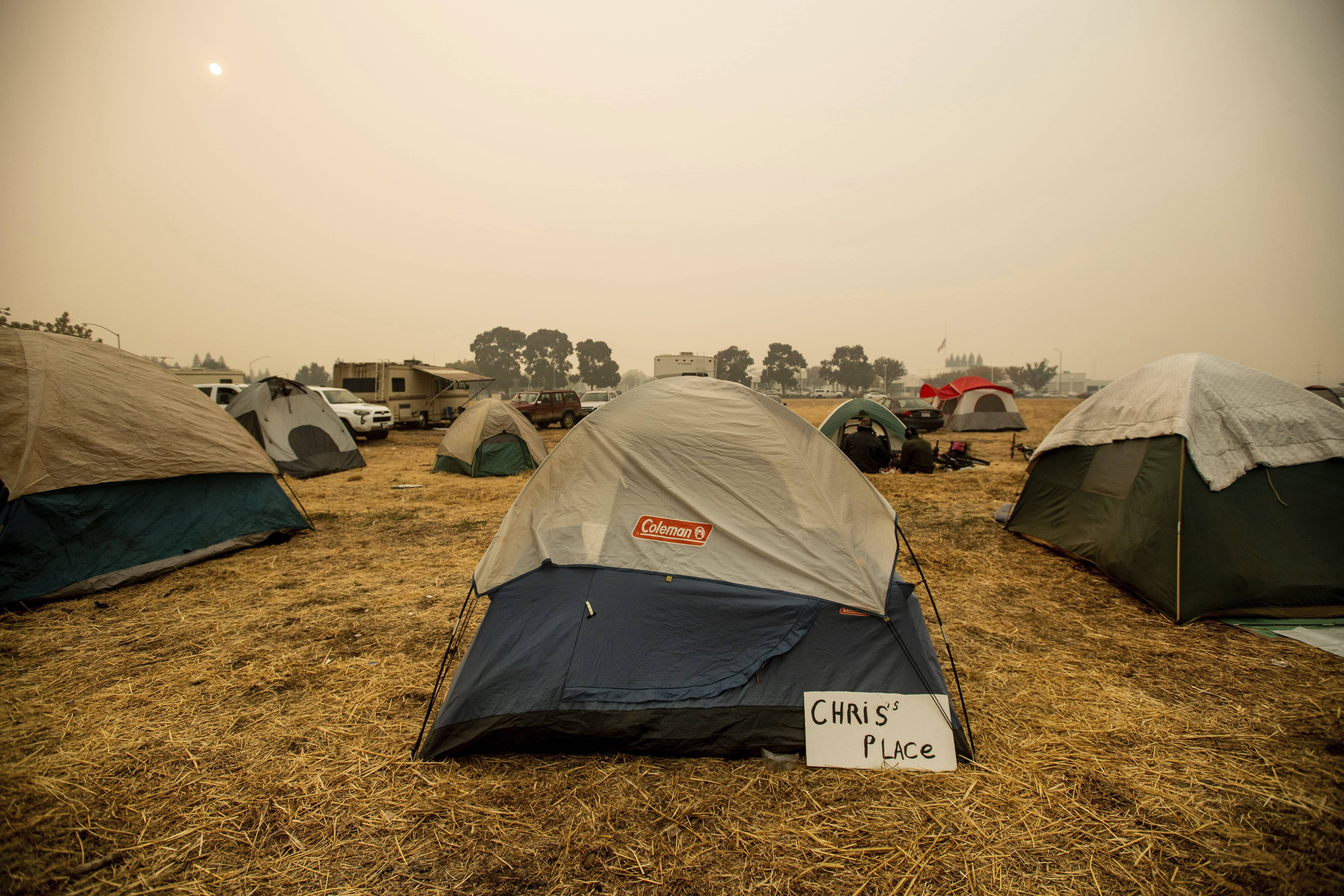 Photo of wildfire victims' tents