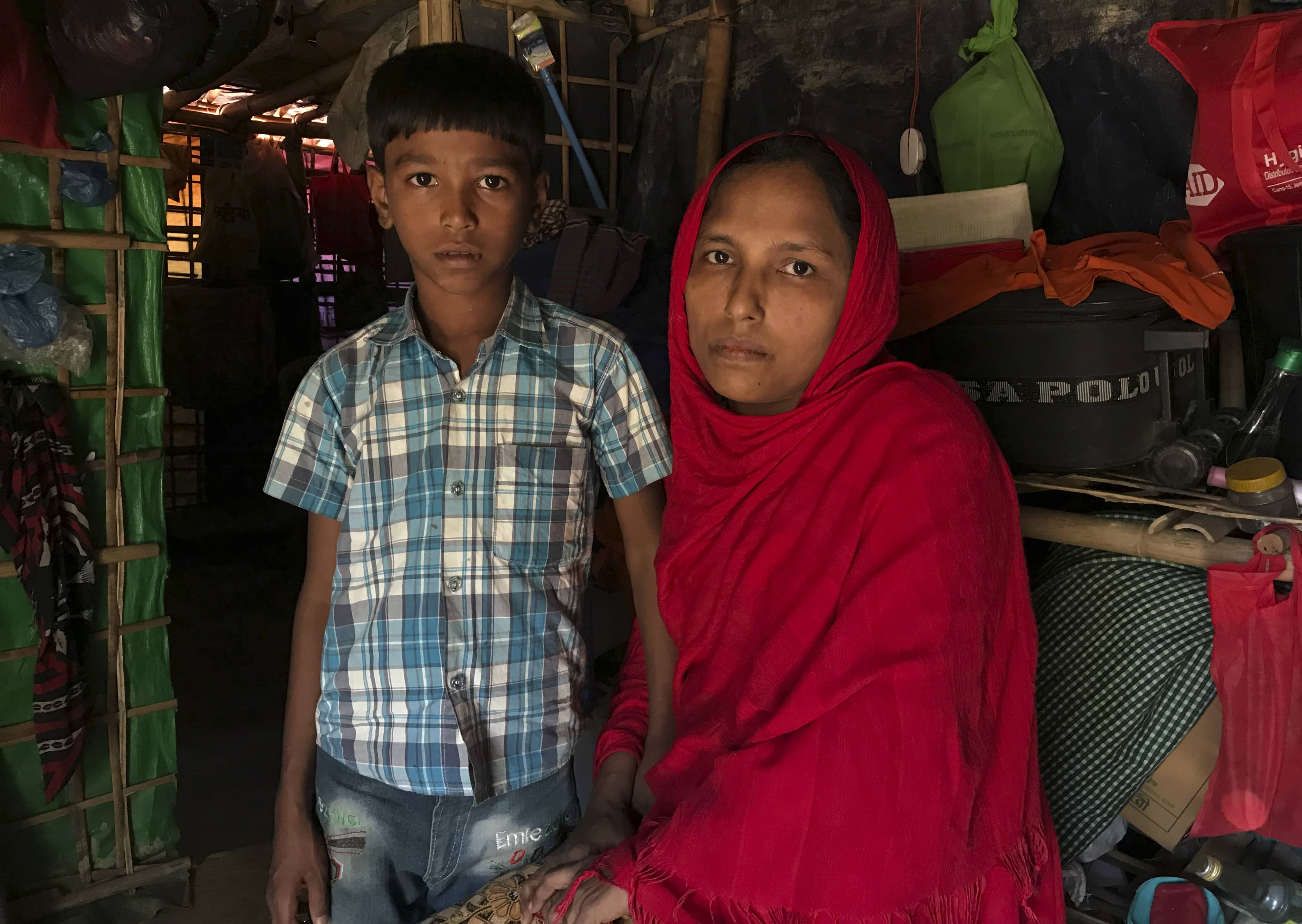 Photo of Rohingya refugees Sitara Begum with her son Mohammed Abbas