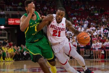 Photo of Fresno State basketball player DeShon Taylor