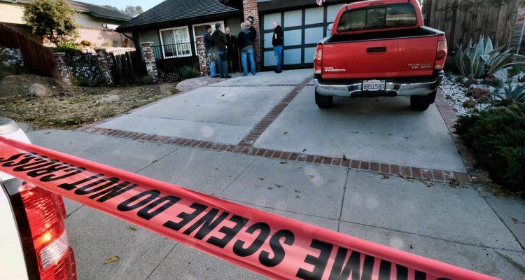 Photo of Ventura County Sheriff's deputies outside the house of gunman David Ian Long