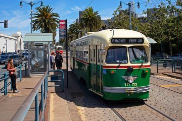 Photo of a streetcar in San Francisco