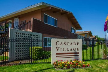 Photo of the front of Cascade Village in Sacramento, Ca