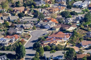 Photo of houses in San Luis Obispo, Ca.