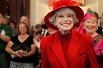 Photo of Carol Channing