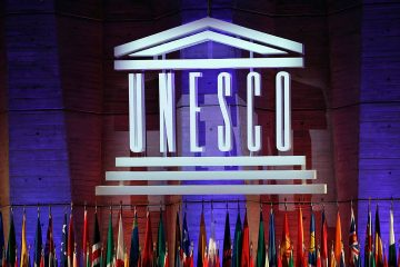 Photo of UNESCO logo during the 39th session