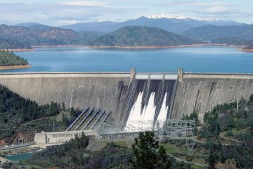 A photo of Shasta Dam in northern California