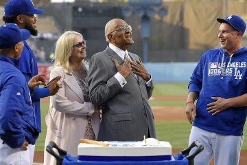 Photo of Dodgers players with Don Newcombe