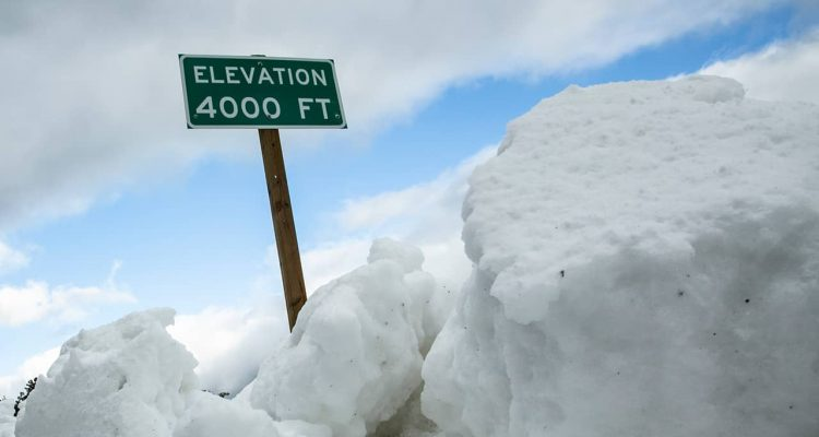 Photo of snow at 4,000 feet elevation on Highway 168 heading to Shaver Lake