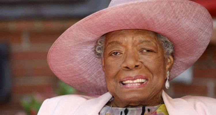 Photo of Maya Angelou in 2010