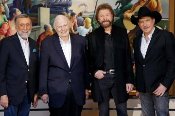 Photo of Ray Stevens, from left, Jerry Bradley, Ronnie Dunn, and Kix Brooks