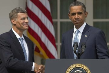Photo of Alan Krueger and Barack Obama