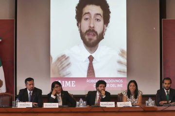 Photo of Roberto Valdovinos speaking at a news conference