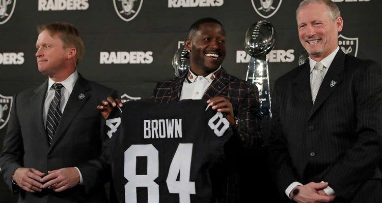 Photo of Antonio Brown