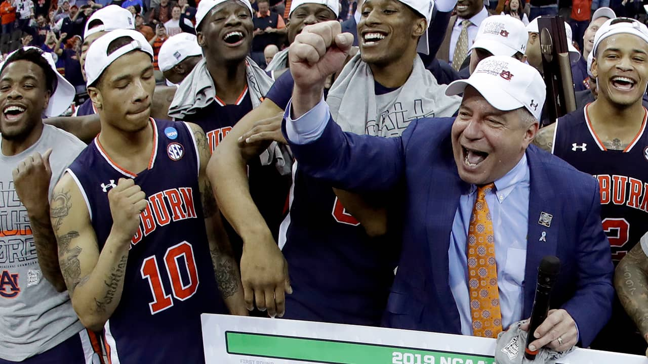 Photo of Bruce Pearl