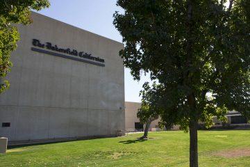 Photo of Bakersfield Californian building