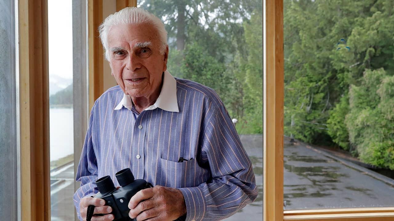 Photo of D-Day veteran Norman Harold Kirby