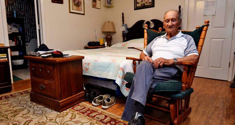 Photo of Dennis Trudeau, a WWII veteran