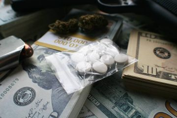 Photo of money, drugs and a gun