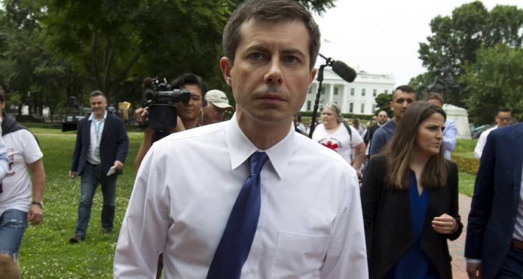 Photo of Mayor Pete Buttigieg