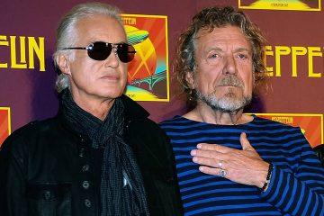Photo of Robert Plant and Jimmy Page of Led Zeppelin