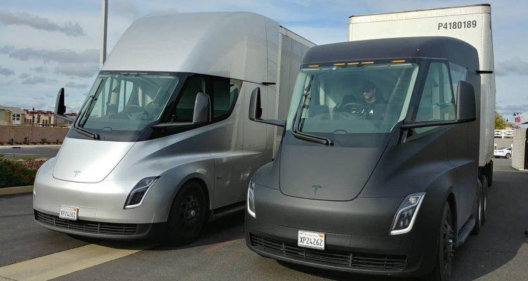 Photo og Tesla electric trucks