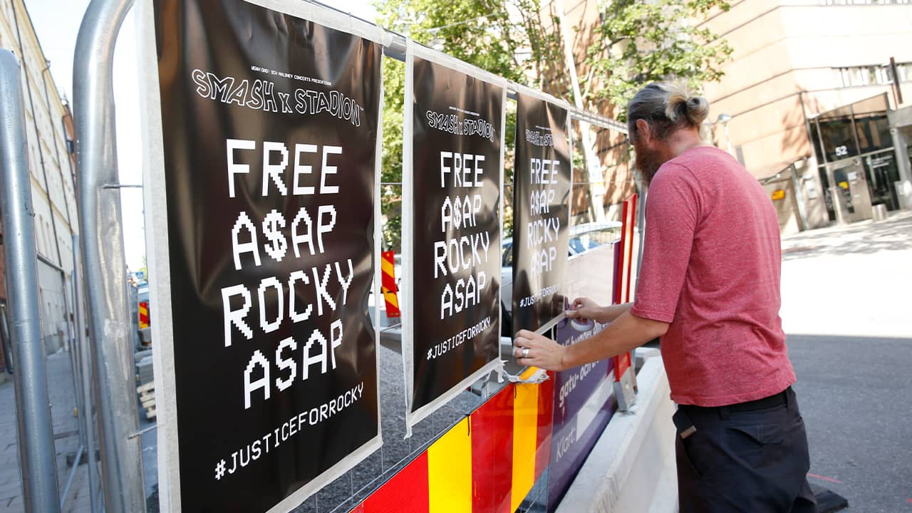 """Photo of """"Free A$AP Rocky"""" signs in Stockholm"""