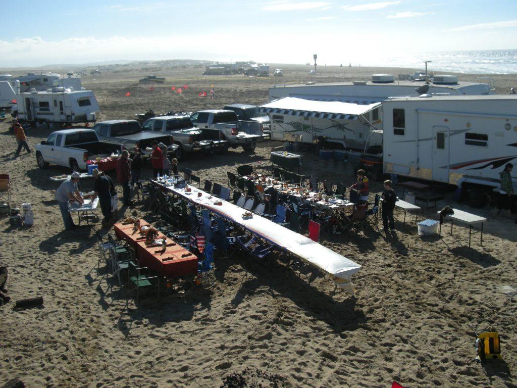 Photo of Thanksgiving celebrants at Oceano Duneslarg