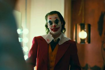 Photo of Joaquin Phoenix as the Joker