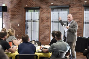 Photo of FUSD Superintendent Bob Nelson making a point to district administrators