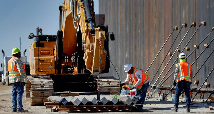 Photo of border wall construction in Yuma