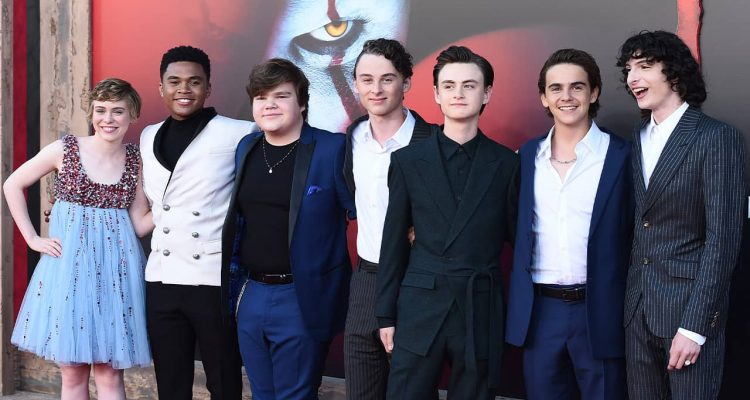 Photo of cast of It: Chapter II