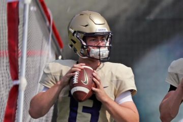 Photo of former University of Washington quarterback Jake Haener