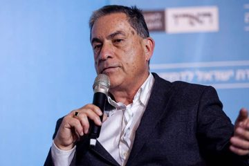 Photo of Gideon Levy