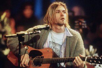 "Photo of Kurt Cobain on MTV's ""Unplugged"""
