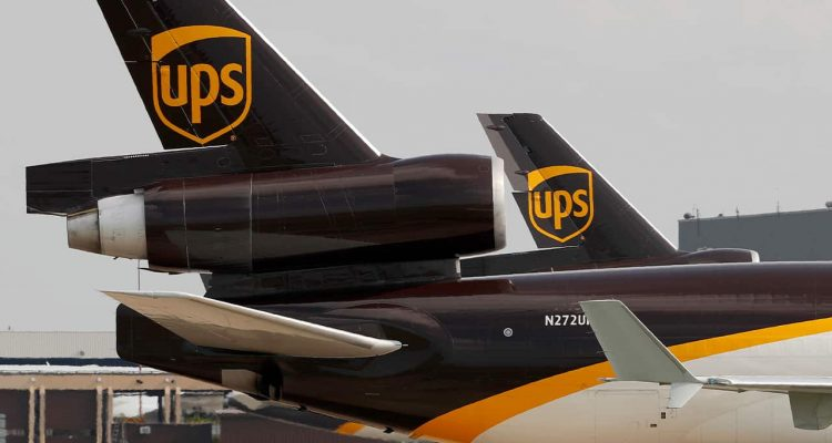 Photo of UPS aircraft taxis