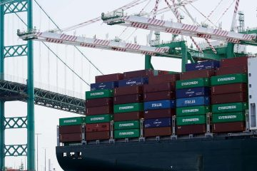 Photo of a cargo ship docked in Los Angeles
