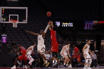 Photo of Fresno State guard Jarred Hyder shooting